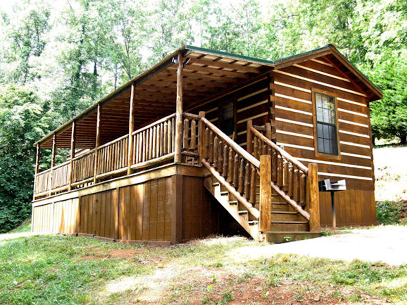 Nc cabin rentals big bear franklin nc smoky mountains for Cabins to rent in big bear
